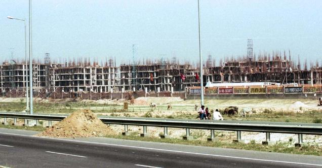 real estate generates Rs 1,700 crore revenue